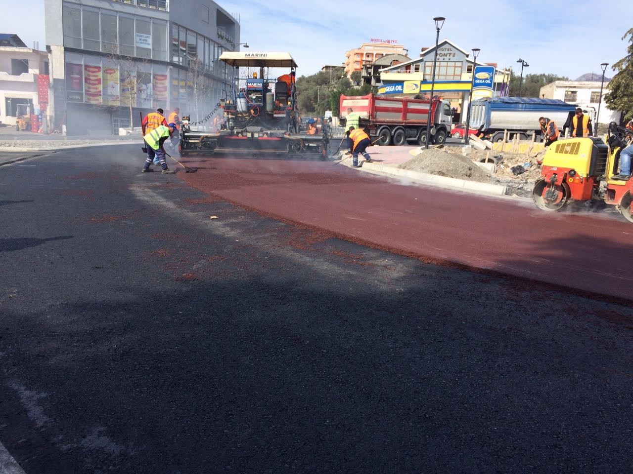 F.V. Color asphalt concrete in Elbasan